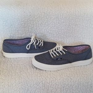 Vans Women's Size: 7 Denim Dark Navy Blue Color